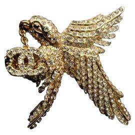 Chanel Gold Tone Hardware Hummingbird Pin Brooch