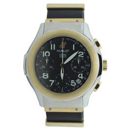Hublot Depose Two Tone Chronograph Rubber Strap 40mm Watch