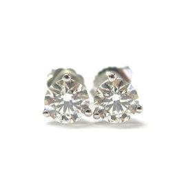Hearts on Fire 18K Round Cut 1.50Ct I/J VS2-SI1 Diamond Stud Earrings
