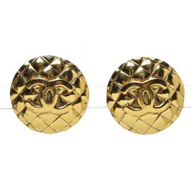 Chanel Gold CC Quilted Clip On Earrings