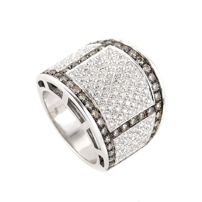 "Image of ""18K White Gold with Diamond Band Ring 7.25"""