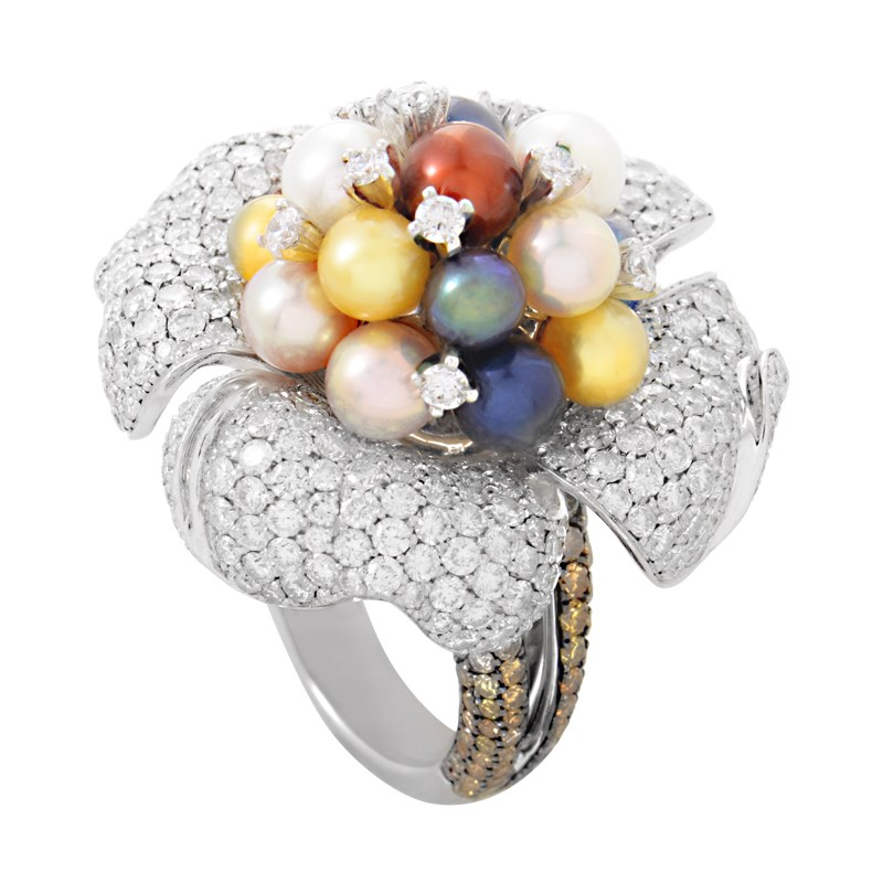 "Image of ""Maggioro 18K White Gold Diamond & Pearl Blossom Ring Size 7.5"""