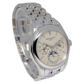 Patek Philippe Perpetual Calendar 5136G 18K White Gold Mens Watch