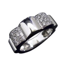 Chanel 18K White Gold & Diamond Profil De Camellia Ring Size 4.5