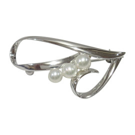 Mikimoto 925 Sterling Silver Akoya Pearl Brooch