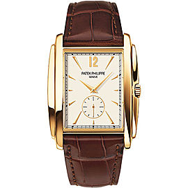 Patek Philippe 5124J-001 18K Yellow Gold with Silver Dial 33.4mm Mens Watch