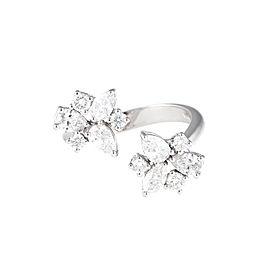 Unique Collection 18K White Gold Diamonds Ring
