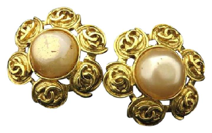 """Image of """"Chanel 94P CC Gold Tone Metal Faux Pearl Flower Earrings"""""""