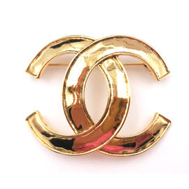 Chanel 24K Gold Plated Classic CC Brooch