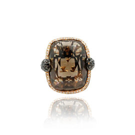 18K Rose Gold 34.90ct Smokey Quartz 0.73ct White & 0.20ct Black Diamond Ring Size 7