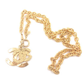 Chanel CC 24K Yellow Gold Plated Weave Overlapped Pendant Necklace