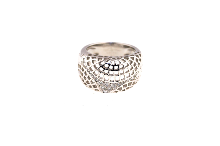 "Image of ""18K Cartier Nouvelle Vague Diamond Ring - Serial# H86680"""