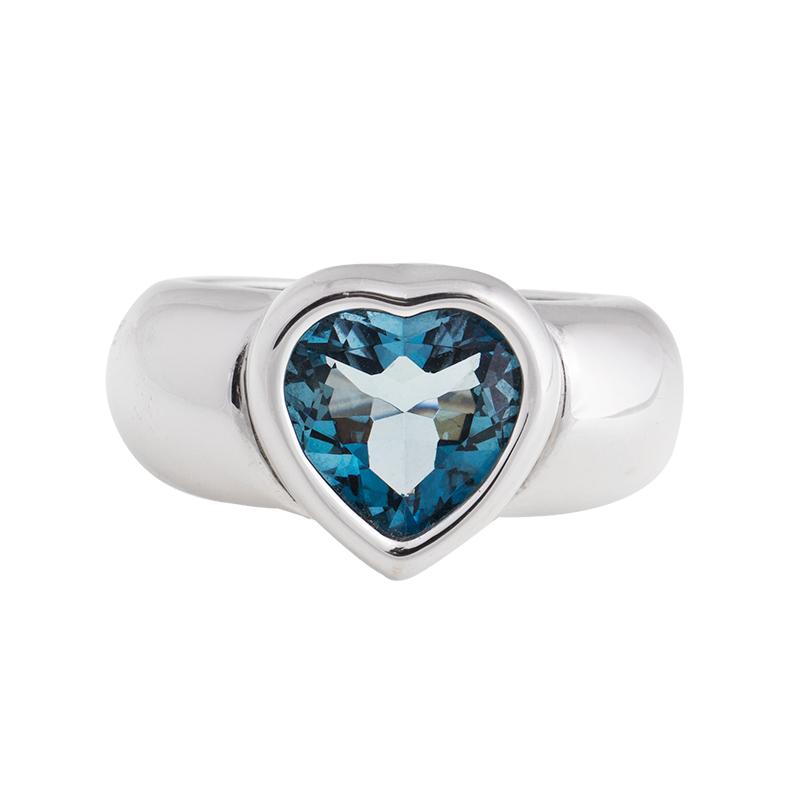 """Image of """"18K White Gold Blue Topaz Ring"""""""