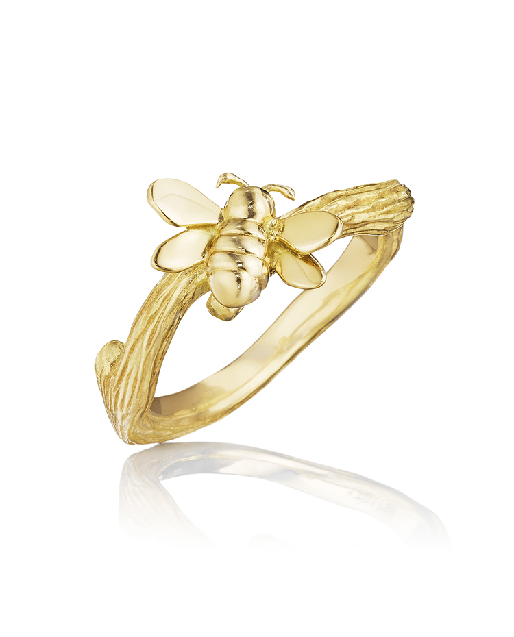 "Image of ""18K Gold Wonderland Stackable Small Bee Ring"""