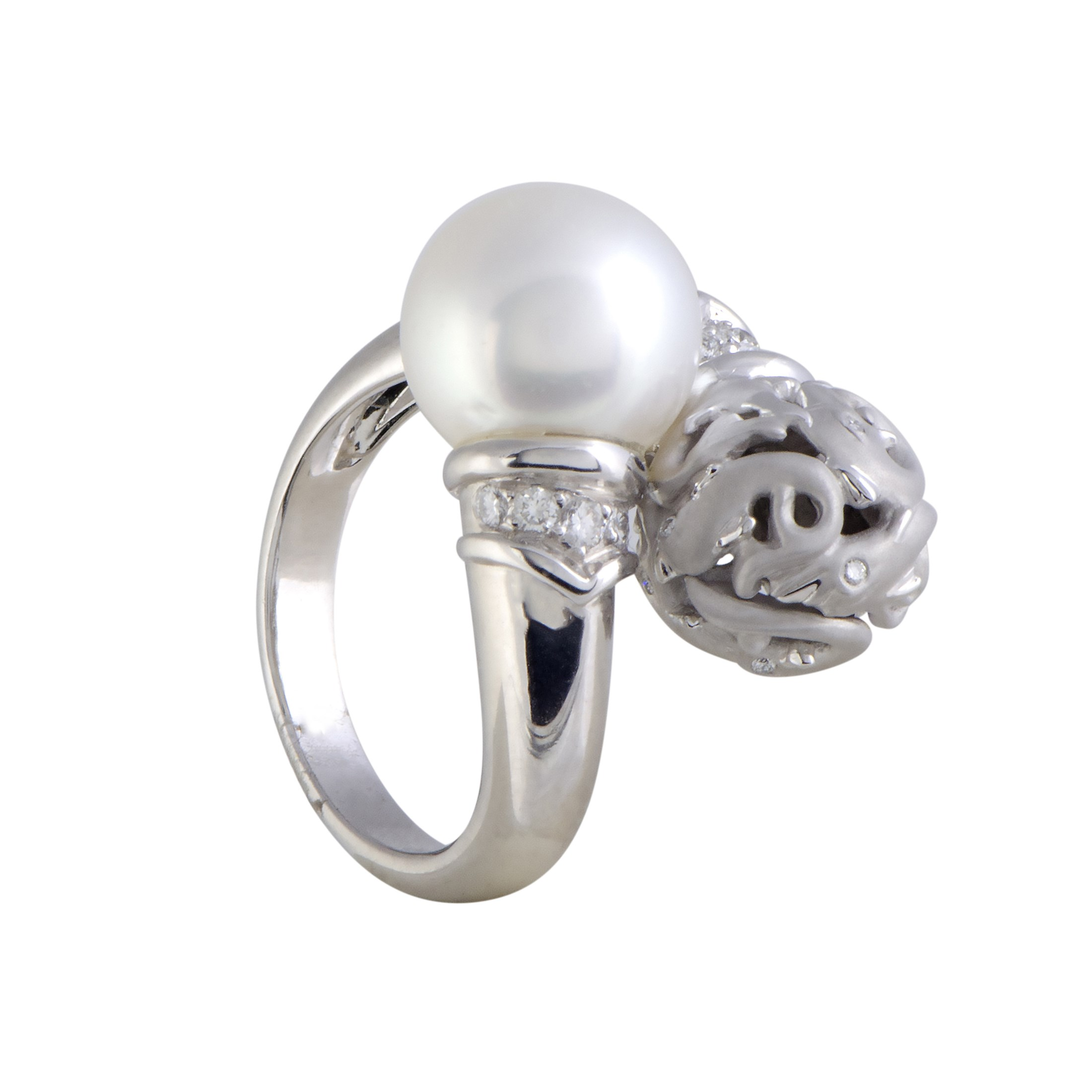 "Image of ""Carrera y Carrera 18K White Gold with 0.18ct Diamond and Pearl Dolphin"""