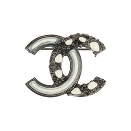 Chanel CC Logo Silver Tone Metal Black White Brooch