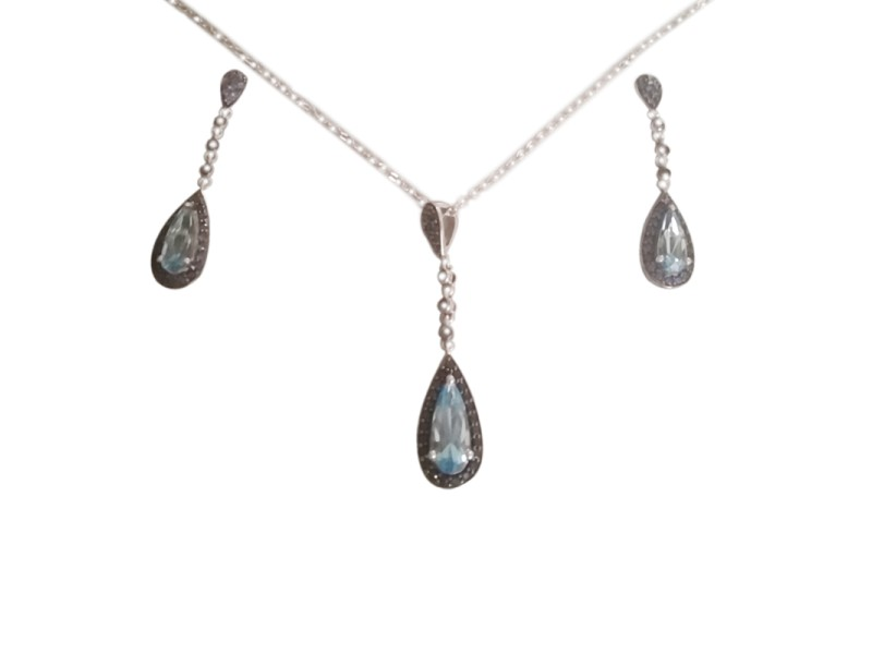 White Gold Necklace & Earrings Set