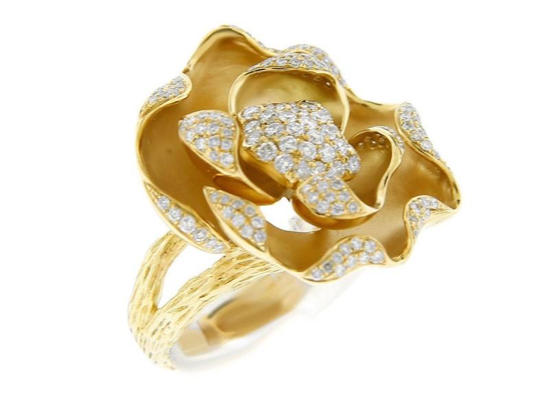18K Yellow Gold Flower Diamond Center Star Ring