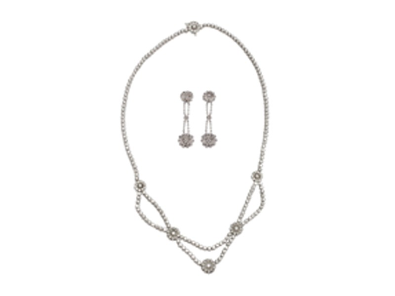 Tiffany & Co Diamond Platinum Flower Necklace and Earring Set