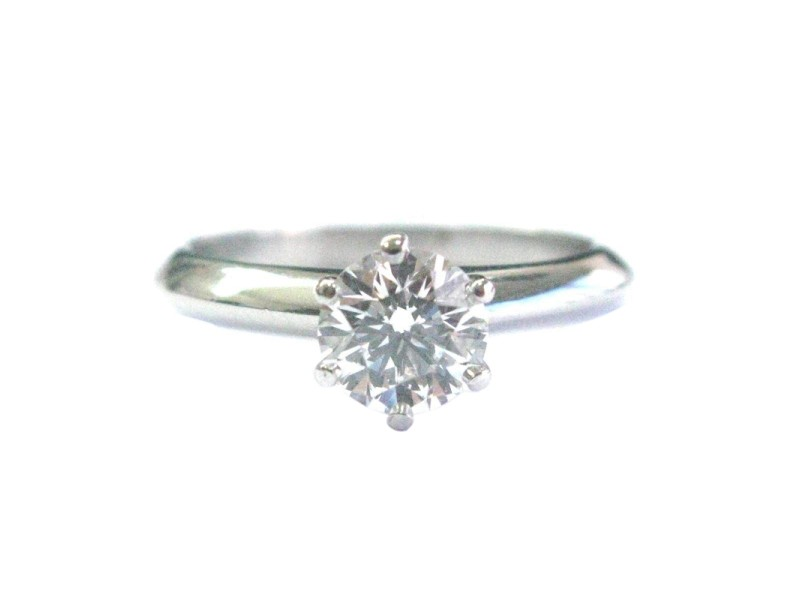 Tiffany & Co Platinum Round Diamond Solitaire Engagement Ring D-VS1 .78CT
