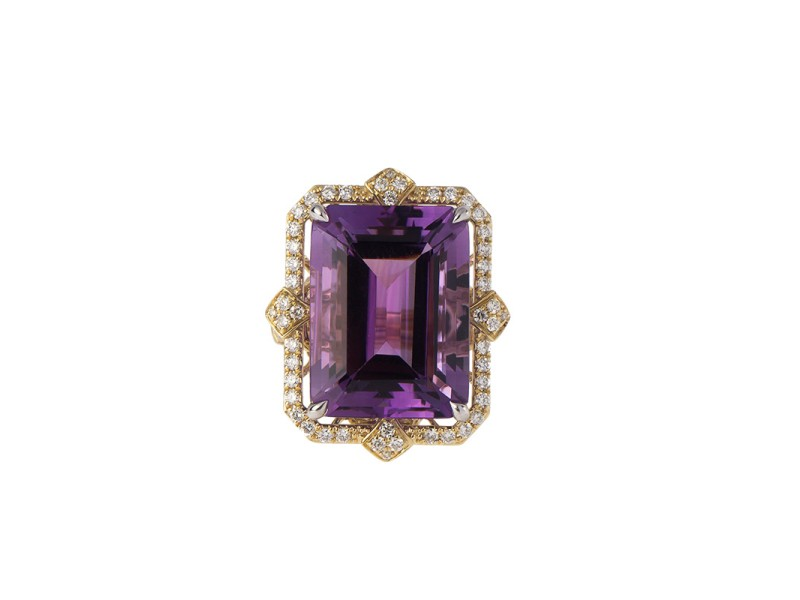 14 Yellow and White Gold, Diamond and Amethyst Ring