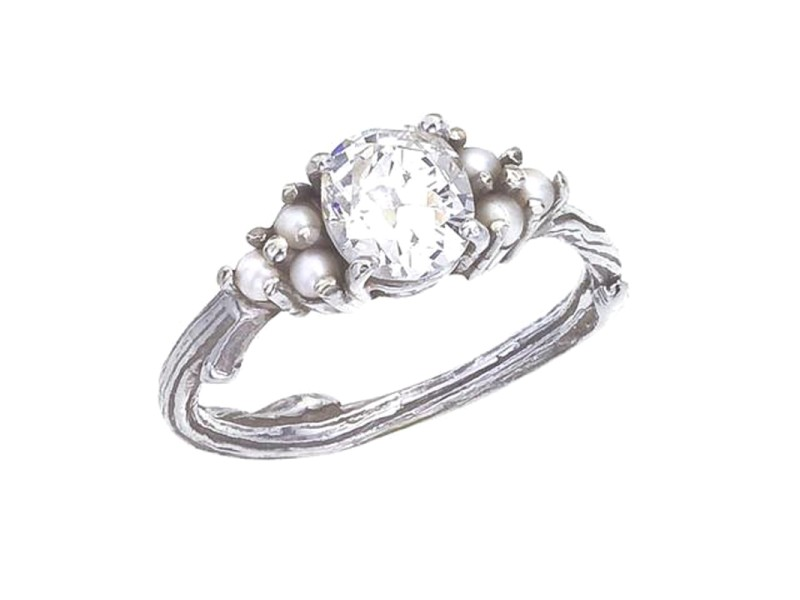 18K White Gold & Diamond Engagement Ring