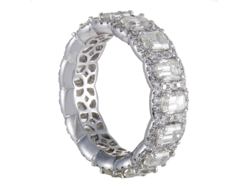 18K White Gold Diamond Eternity Band Ring Size 7.0