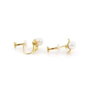 Mikimoto Pearls 18K Yellow Gold Leaf Design Screw Back Earrings