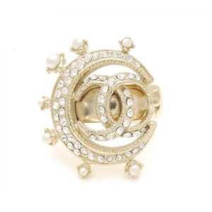 Chanel Gold Tone Metal Pearl & Rhinestone CC Mark Crescent Moon Ring Size 5.25