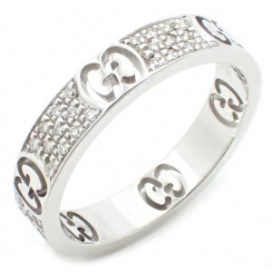 Gucci 750 White Gold and Diamond Ring Size 6.25