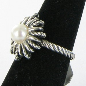 David Yurman 925 Sterling Silver & Pearl Ring Size 7