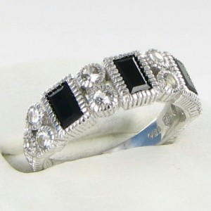 Judith Ripka 925 Sterling Silver Onyx Sapphires Ring Size 7