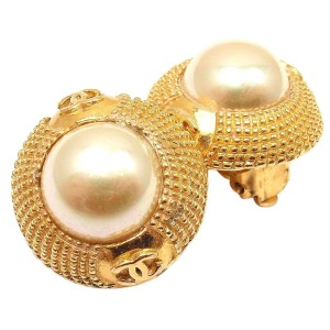 Chanel Vintage Small Gold Tone Pearl Logo Clip On Earrings