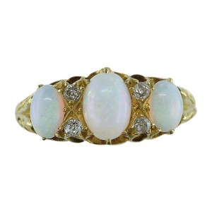 18k Yellow Gold Opal 0.12Ct Diamond Victorian Cocktail Ring