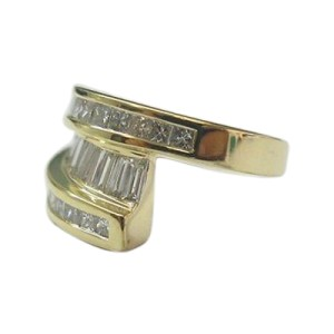 18K Yellow Gold Baguette & Princess Cut Diamond Ring