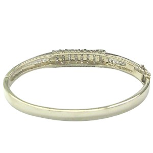 Fine Princess Cut Diamond Invisible Setting Yellow Gold Bangle Bracelet