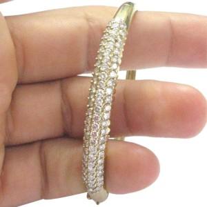 18Kt Round Cut Diamond 3-Row Yellow Gold Bangle Bracelet