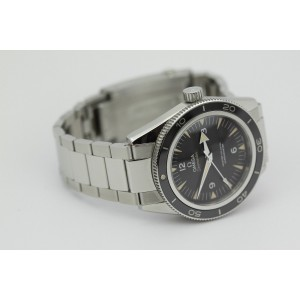 Omega Seamaster 300 Co-Axial Stainless Steel on Bracelet 233.30.41.21.01.001 40mm Mens Watch