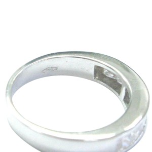 18Kt Princess Cut Diamond White Gold 8-Stone Invisible Setting Ring .80Ct