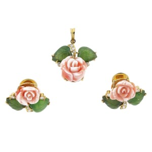Vintage Coral Flower Pendant and Earring set