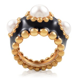 Chanel 18K Yellow Gold Enameled Pearl Ring