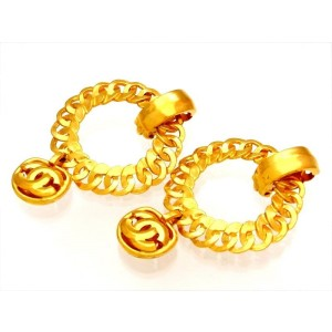 Chanel Gold Tone Metal Earring
