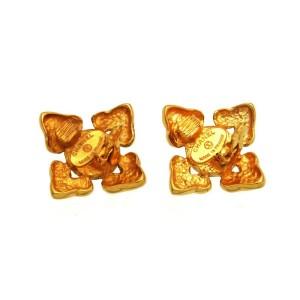 Chanel CC Logo Gold Tone Metal Pearl Flower Earrings