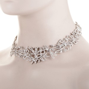 Gucci 18K White Gold Diamond Floral Choker Necklace