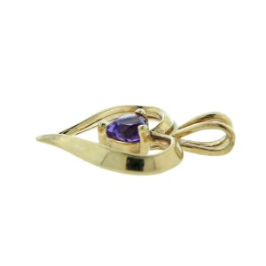 14K Yellow Gold Heart Shape Amethyst Pendant