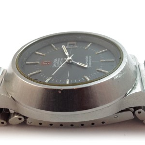 Omega Mega Quartz Seamaster Chronometer 37mm Watch