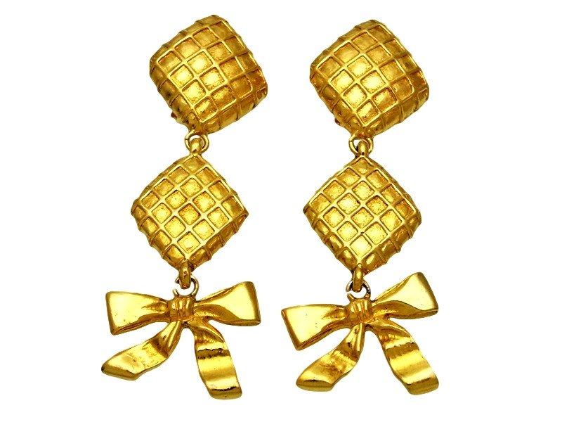 "Image of ""Chanel CC Logo Gold Tone Metal Ribbon Dangle Rhombus Earrings"""