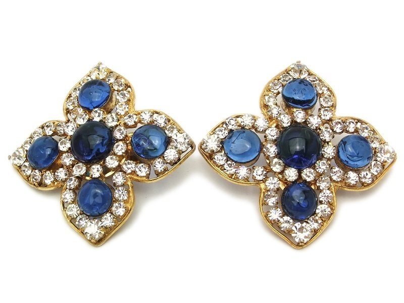 "Image of ""Chanel CC Logo Gold Tone Metal Blue Gripoix Glass Rhinestone Flower"""