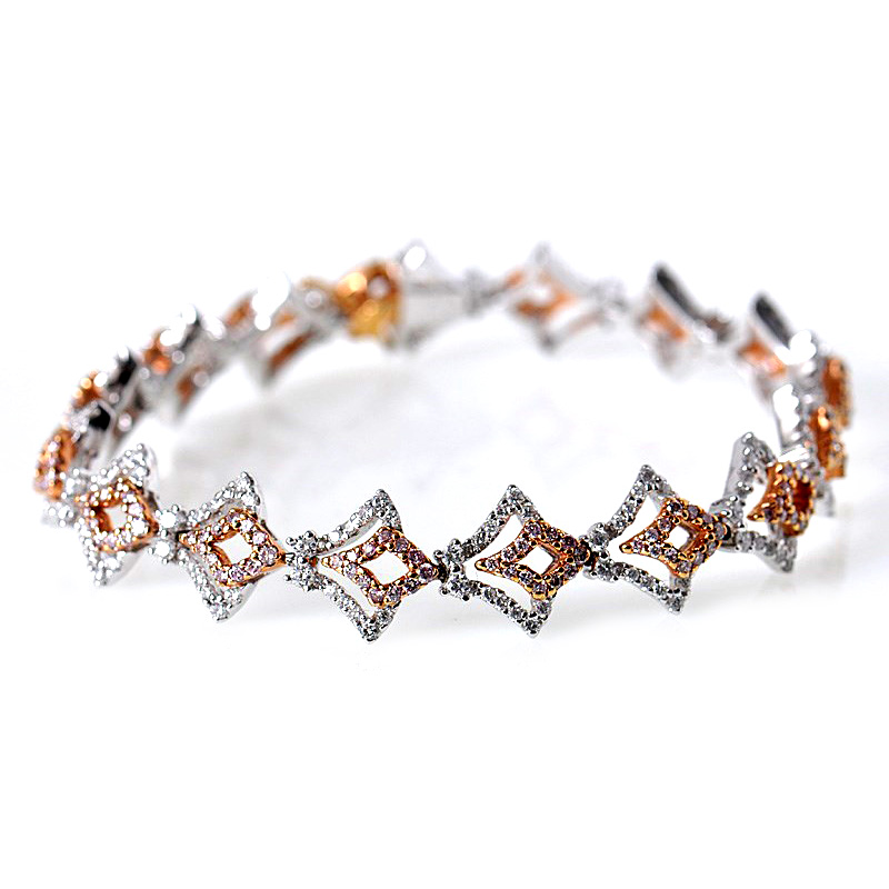 "Image of ""Gregg Ruth 18K Multi-Tone Gold Diamond Bracelet"""