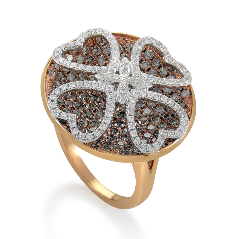 "Image of ""Gregg Ruth 18K Rose Gold Multi-Diamond Clover Ring"""